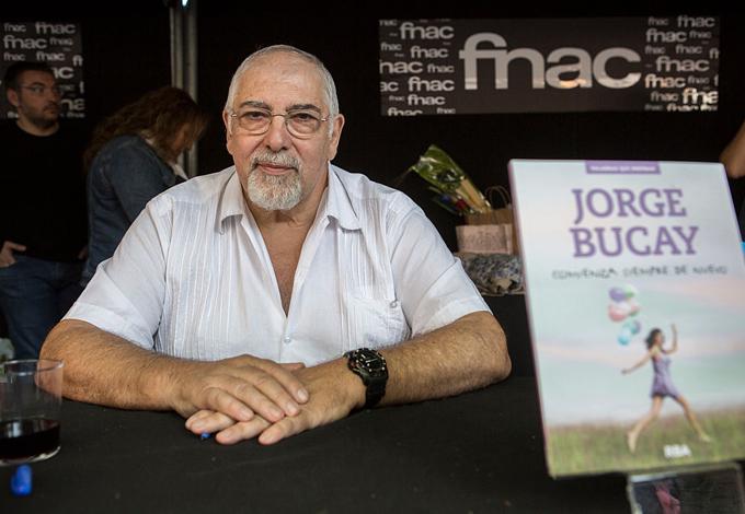 Хорхе Букай, психотерапевт и писатель