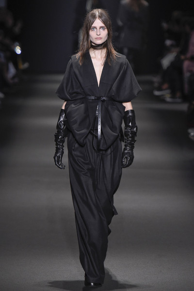 Неделя моды в Париже: 5 марта | галерея [3] фото [4]