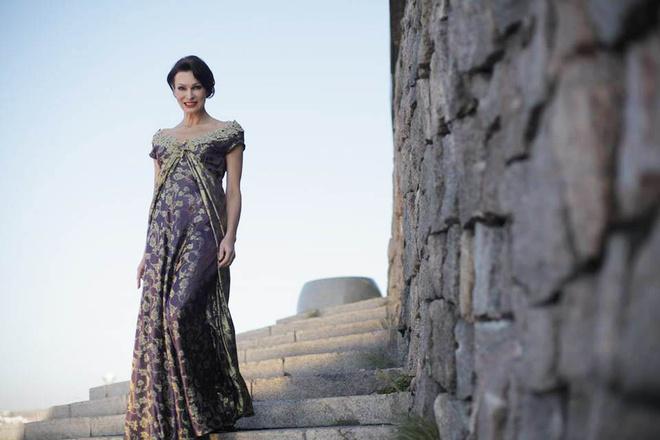 Татьяна Скороходова представила коллекцию платьев