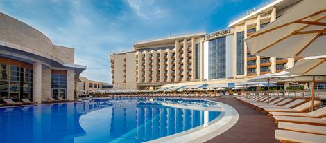 На своем берегу: лучшие отели на Черном море | галерея [3] фото [3]