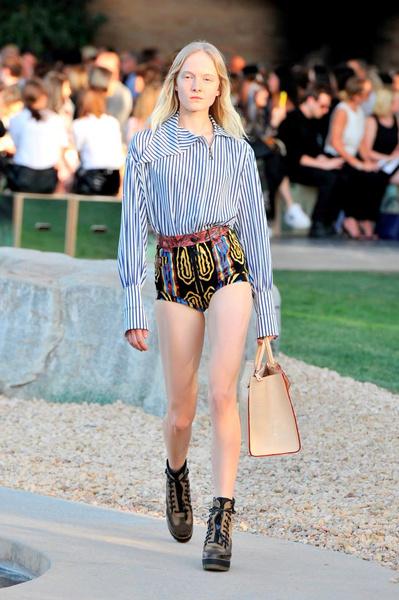 Показ круизной коллекции Louis Vuitton в Палм-Спринг   галерея [1] фото [4]