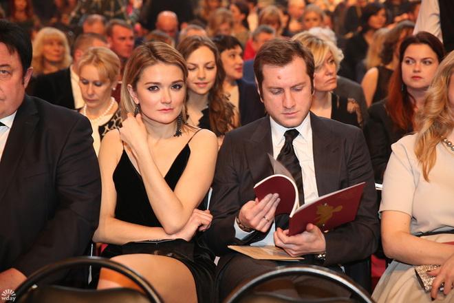 Золотой орел 2016: Надежда Михалкова с мужем фото