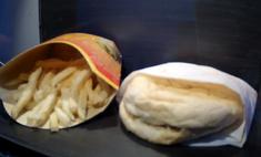 Последнему исландскому бургеру из «Макдоналдс» исполнилось 10 лет— и он вообще не изменился