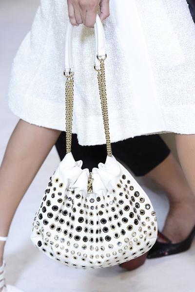 ELLE шопинг: белье и аксессуары для свидания с продолжением   галерея [3] фото [3]