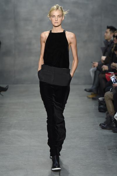 Самые роскошные вечерние платья Недели моды в Нью-Йорке | галерея [4] фото [1]