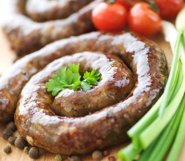 рецепт свиной фарш горячие колбаски