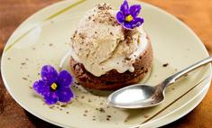 Шоколадный кекс с пломбиром
