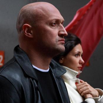 «Катя Климова – мечта любого мужчины, завидую Игорю (прим. Игорю Петренко – мужу актисы ) желтой завистью», – сказал Гоша о своей партнерше по фильму.