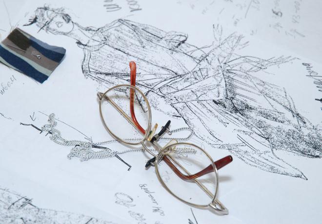 Образцы материалов и эскизы – неизменная составляющая мастерской.