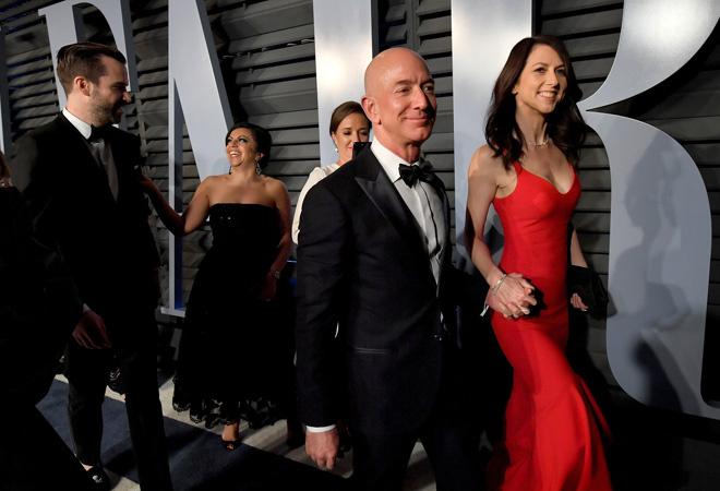 Роскошная жизнь Маккензи Безос: самый богатый человек в мире Джефф Безос, состояние
