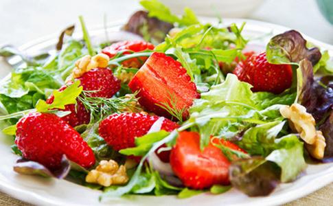 14 летних салатов и закусок от ведущих шефов