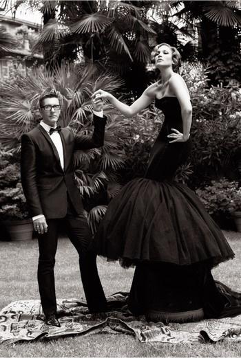 Dolce & Gabbana «Дженнифер – многогранная и чувственная натура, она ассоциируется у меня с героиней фильма «Дневная красавица». Доменико Дольче