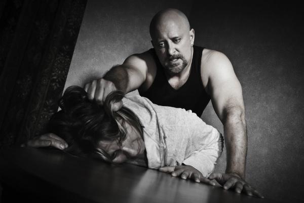 Что делать, если бьет муж