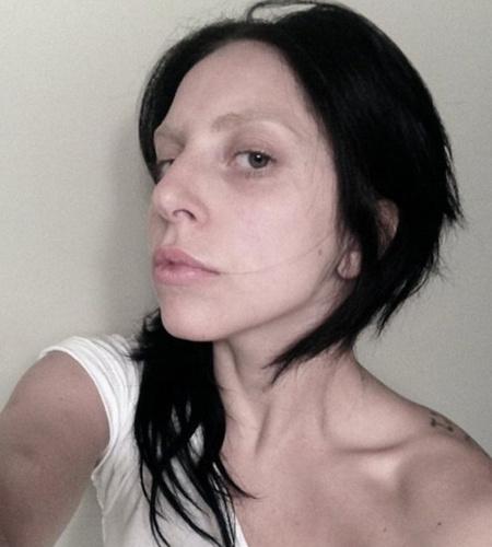 Леди ГаГа без макияжа.