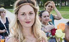 День женственности в Волгограде. Выбери самую нежную!