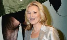 Кейт Мосс обнажилась в честь юбилея
