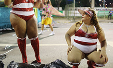 10 самых шокирующих фото с бразильского карнавала
