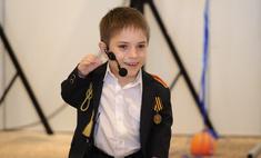 Данил Плужников спел перед Путиным