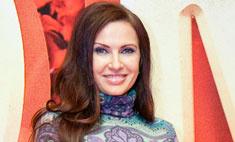Модный провал: Эвелина Блёданс на премьере фильма