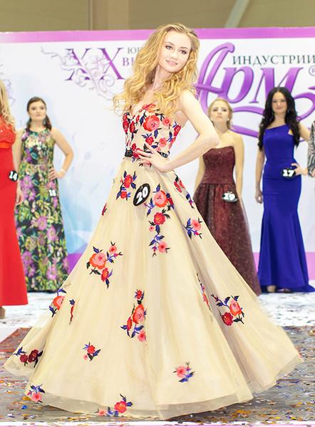 Что подарить девушке на 8 Марта: советы от участниц конкурса красоты в Ростове
