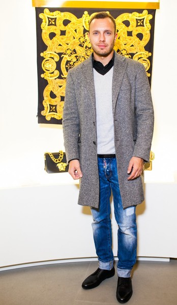 Селебрити на презентации осенней коллекции Versace   галерея [1] фото [9]