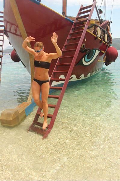 Лето 2015: отдых на море, девушки в купальниках фото, ростовчанки в бикини, купальники 2015, красивые девушки