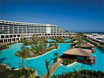 Для отдыха Ксения Бородина выбрала дорогой отель на Анталийском побережье - Maxx Royal Hotel.
