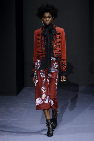 Самые красивые образы Недели моды в Лондоне | галерея [1] фото [11]