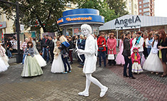 Успей переодеться 250 раз – Парад моды в Челябинске!