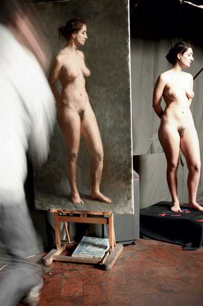 Подрабатывать натурщицей – популярный источник заработка во Флоренции, особенно среди студенток. Некоторые умудряются зарабатывать «телом» больше 1000 евро в неделю.