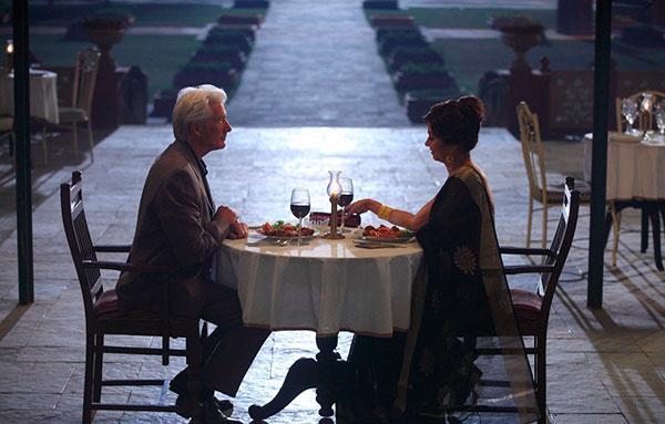 кадр из фильма «Отель «Мэриголд». Заселение продолжается