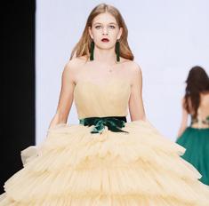 Самые эффектные свадебные платья от русских дизайнеров