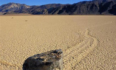 Разгадана тайна самодвижущихся камней в Долине Смерти