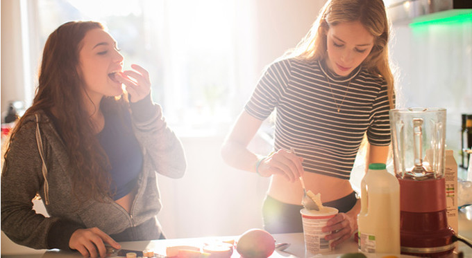 Как научить подростка питаться правильно