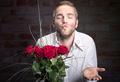 Чего мужчины хотят от отношений на самом деле