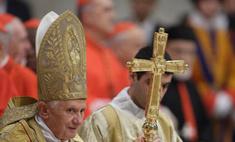 Папа римский разрешил использовать презервативы