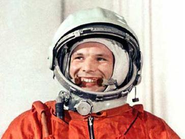 Юрий Гагарин первым покорил космос 50 лет назад