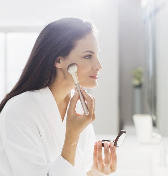 Эвелина Хромченко: правила макияжа