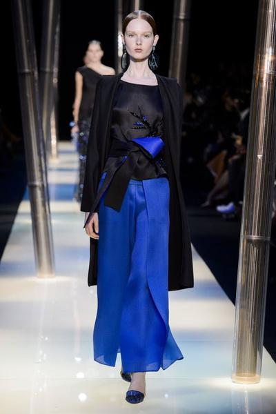 На Неделе высокой моды в Париже прошел юбилейный показ Giorgio Armani Prive | галерея [2] фото [5]