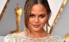 Как она могла! Крисси Тейген сверкнула грудью на «Оскаре»
