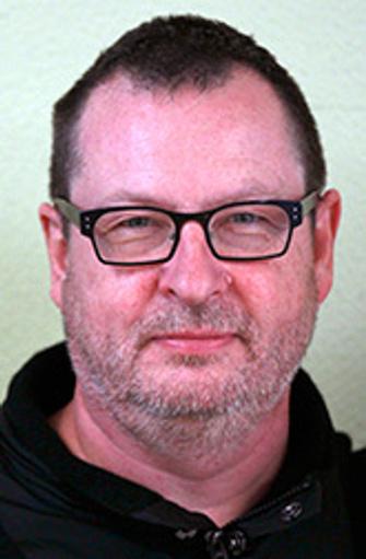 , датский кинорежиссер и сценарист, обладатель Большого приза жюри Каннского фестиваля за фильм «Рассекая волны» (1996) и «Золотой пальмовой ветви» за «Танцующую в темноте» (2000).