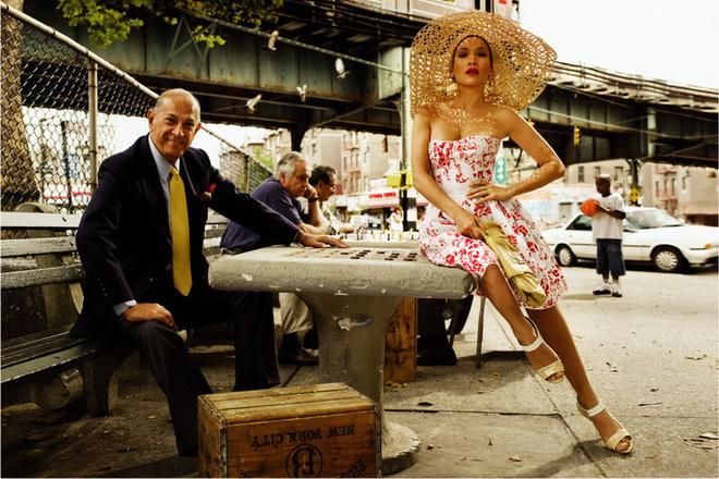 Oscar de la Renta «Латиноамериканский дух Дженнифер проявляется во всем, что она носит». Оскар де ла Рента