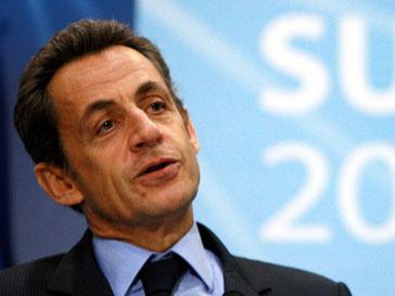 Николя Саркози (Nicolas Sarkozy) уволил глави МИДа и министра обороны