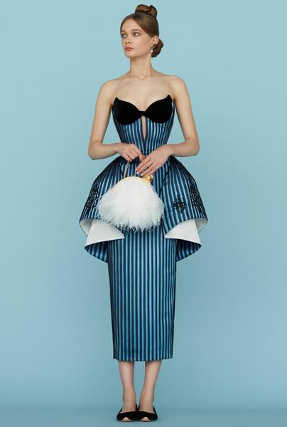 Ульяна Сергеенко представила новую коллекцию на Неделе высокой моды в Париже | галерея [1] фото [23]
