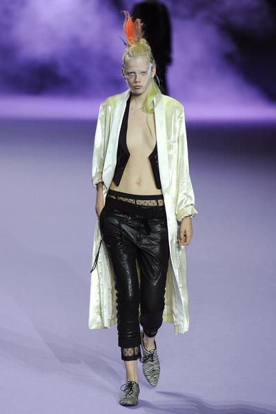Неделя моды в Париже: день пятый   галерея [1] фото [5]
