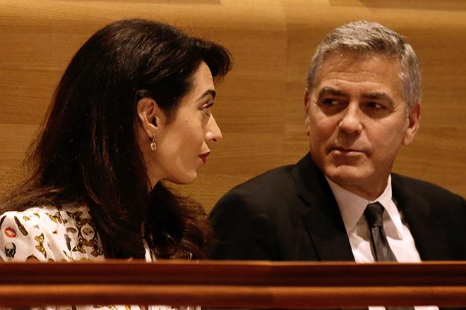 СМИ сообщили оразводе Клуни с женой