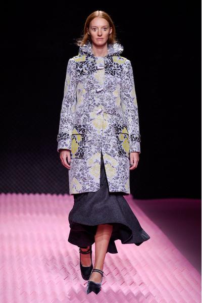 Показ Mary Katrantzou на Неделе моды в Лондоне | галерея [1] фото [29]