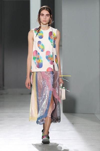 Неделя моды в Лондоне: день четвертый | галерея [1] фото [16]