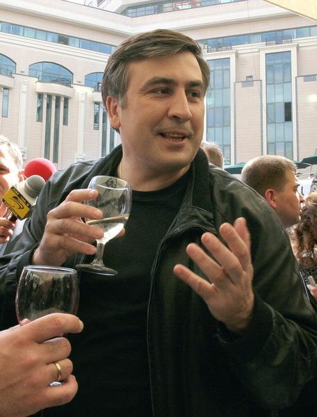 Михаил Саакашвили, большой ценитель простых удовольствий...