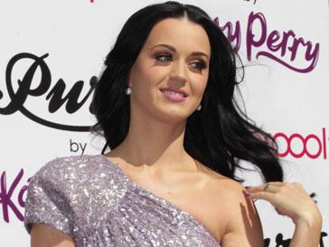Кэти Перри (Katy Perry) не нравилась ее большая грудь